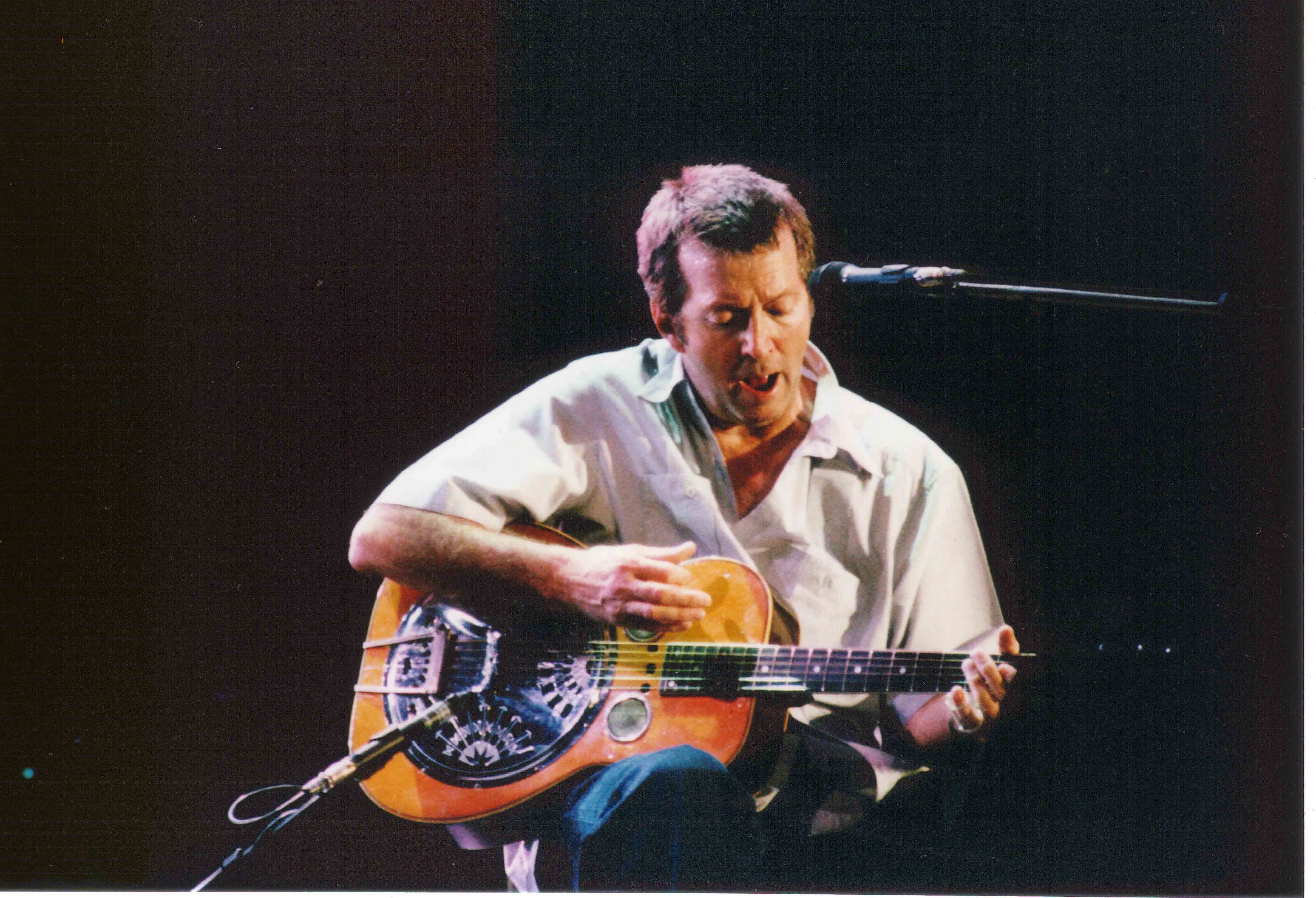 Dobros Resonator Guitars What Type Does Eric Clapton Play