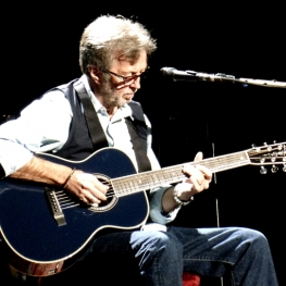 Eric Clapton - Nashville TN 2013 (Photo: Linda Wnek / Where's Eric!)