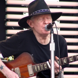 johnny winter firebird guitar at clapton 2007 crossroads guitar festival chicago