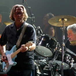 Eric Clapton with daphne blue Stratocaster, Steve Gadd (drums) 28 May 2010